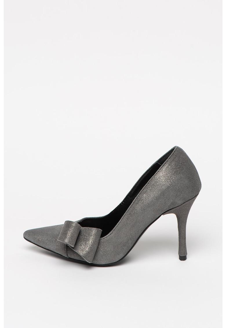 Mihaela Glavan Pantofi stiletto cu varf ascutit si aspect stralucitor