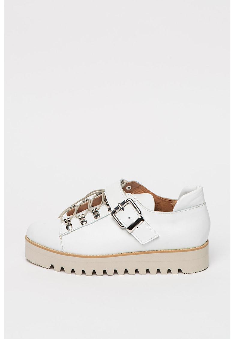 Pantofi de piele cu talpa wedge cu striatii