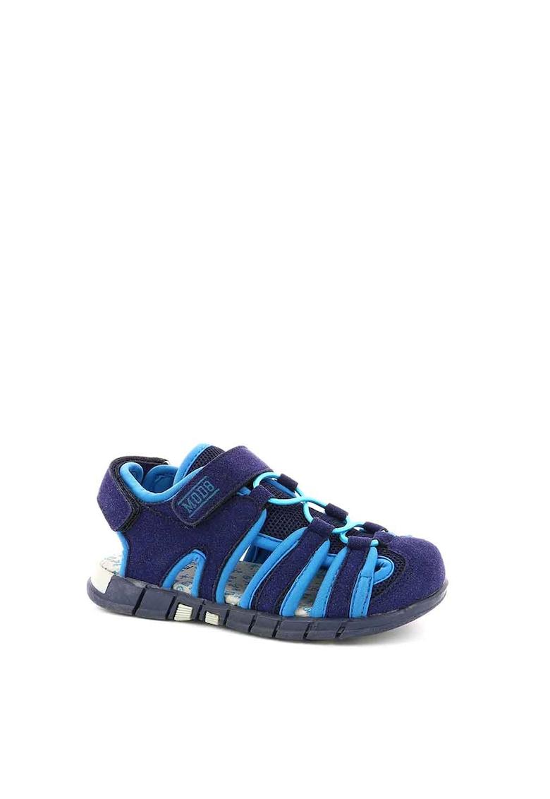 Sandale cu insertii de plasa