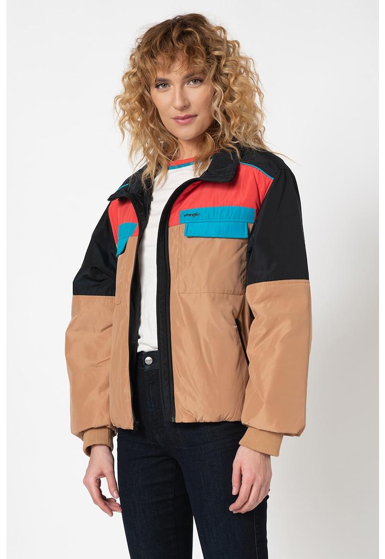 Jacheta cu model colorblock si fermoar