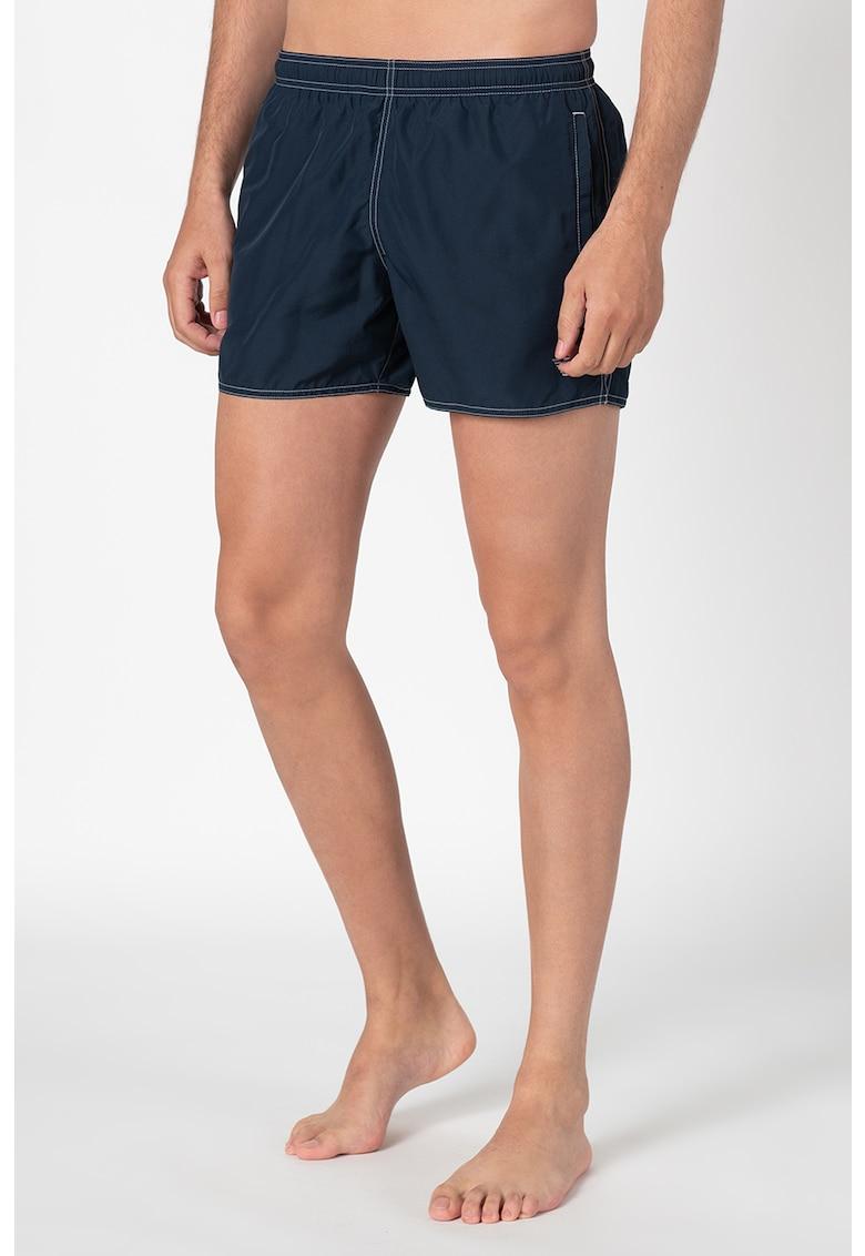 Pantaloni scurti de baie - cu cusaturi contrastante imagine fashiondays.ro 2021
