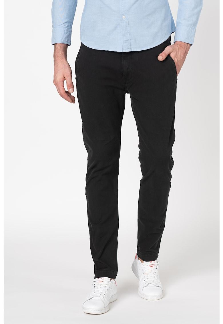 Pantaloni chino slim fit conici