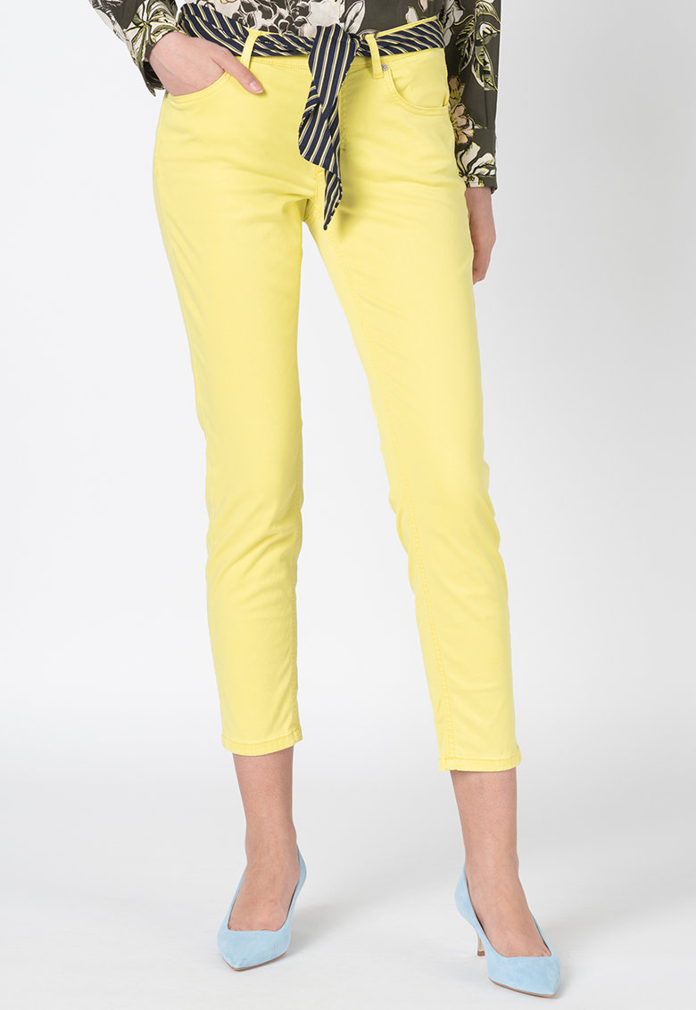 Pantaloni slim fit cu cordon