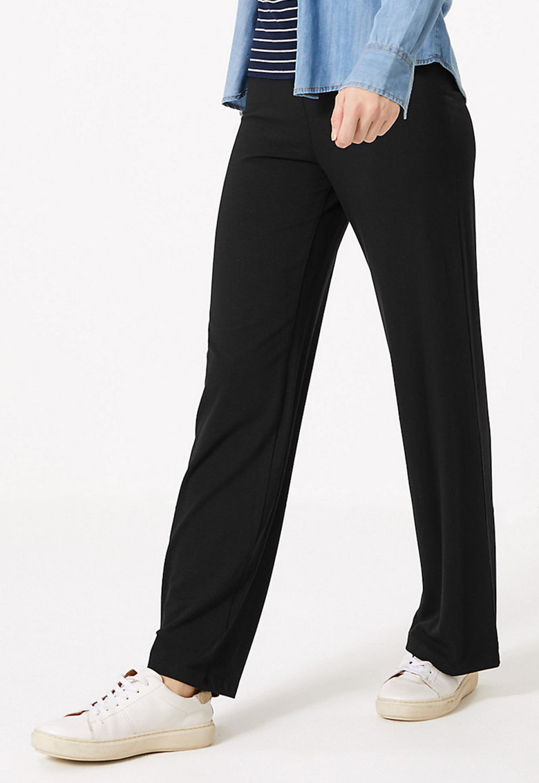 Pantaloni evazati cu talie elastica