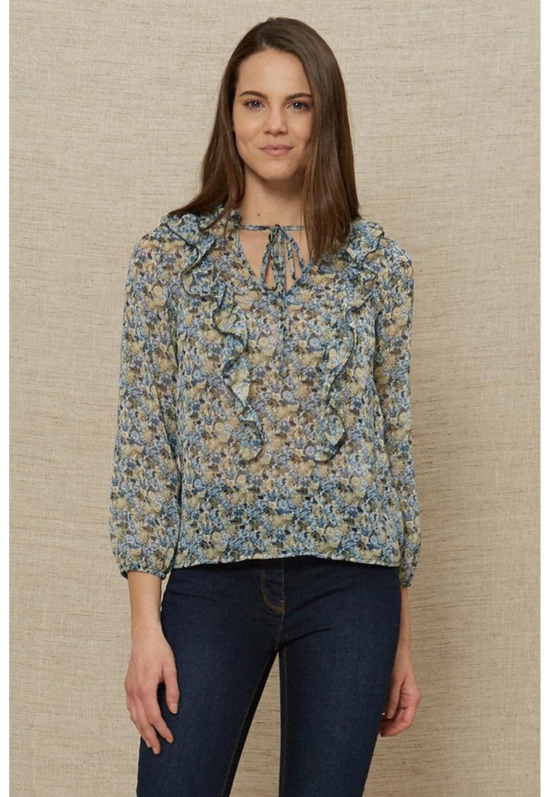 Bluza cu model floral si volane