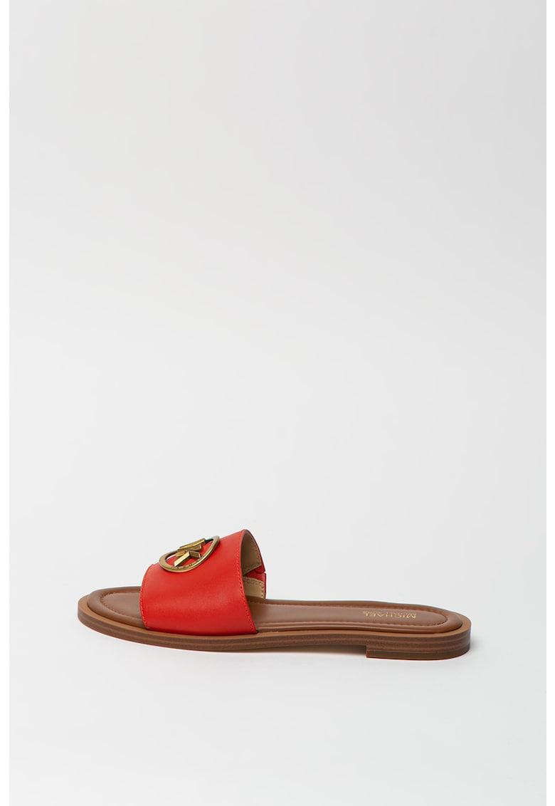 Papuci de piele cu aplicatie logo metalica Brynn