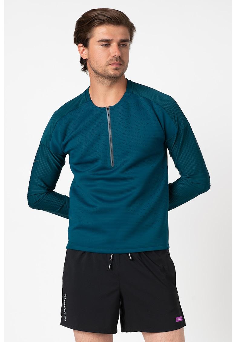 Bluza cu fermoar scurt - pentru alergare Tech Pack Hybrid imagine fashiondays.ro Nike