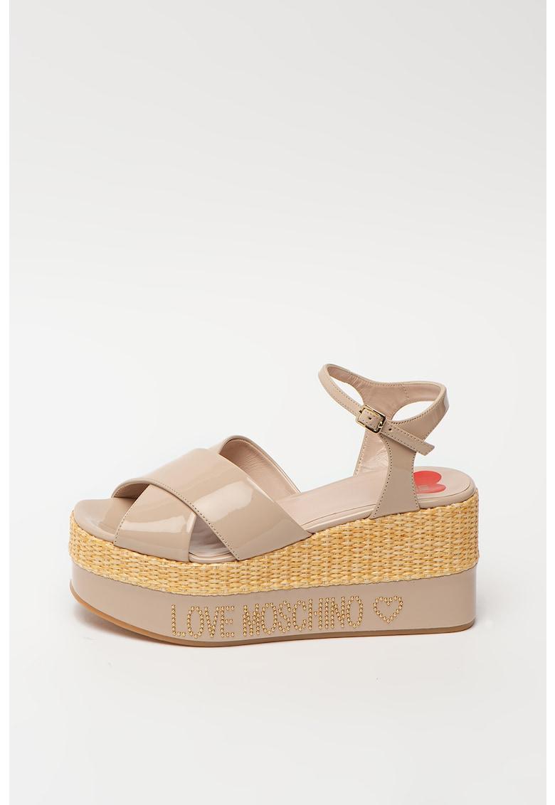 Sandale din piele ecologica cu talpa wedge si detaliu logo cu tinte