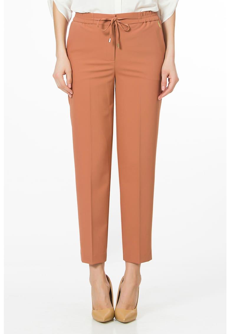 Pantaloni cu banda elastica in talie imagine fashiondays.ro