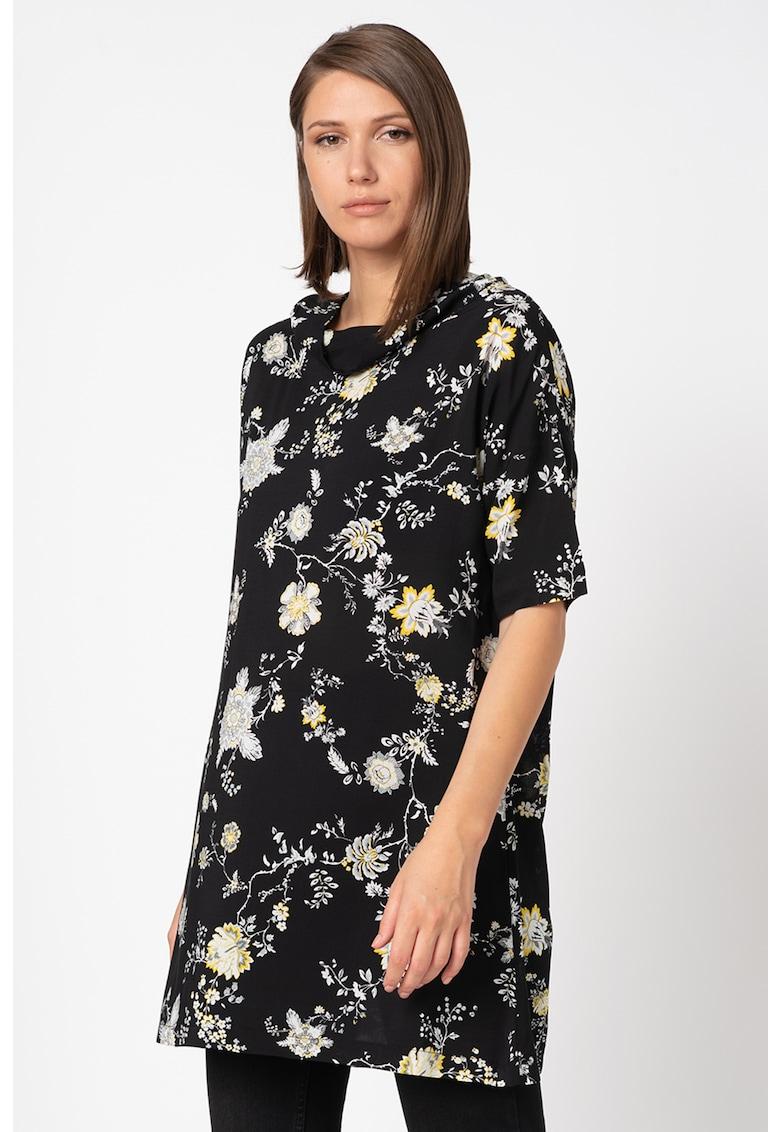 Rochie mini cu model floral si maneci cazute