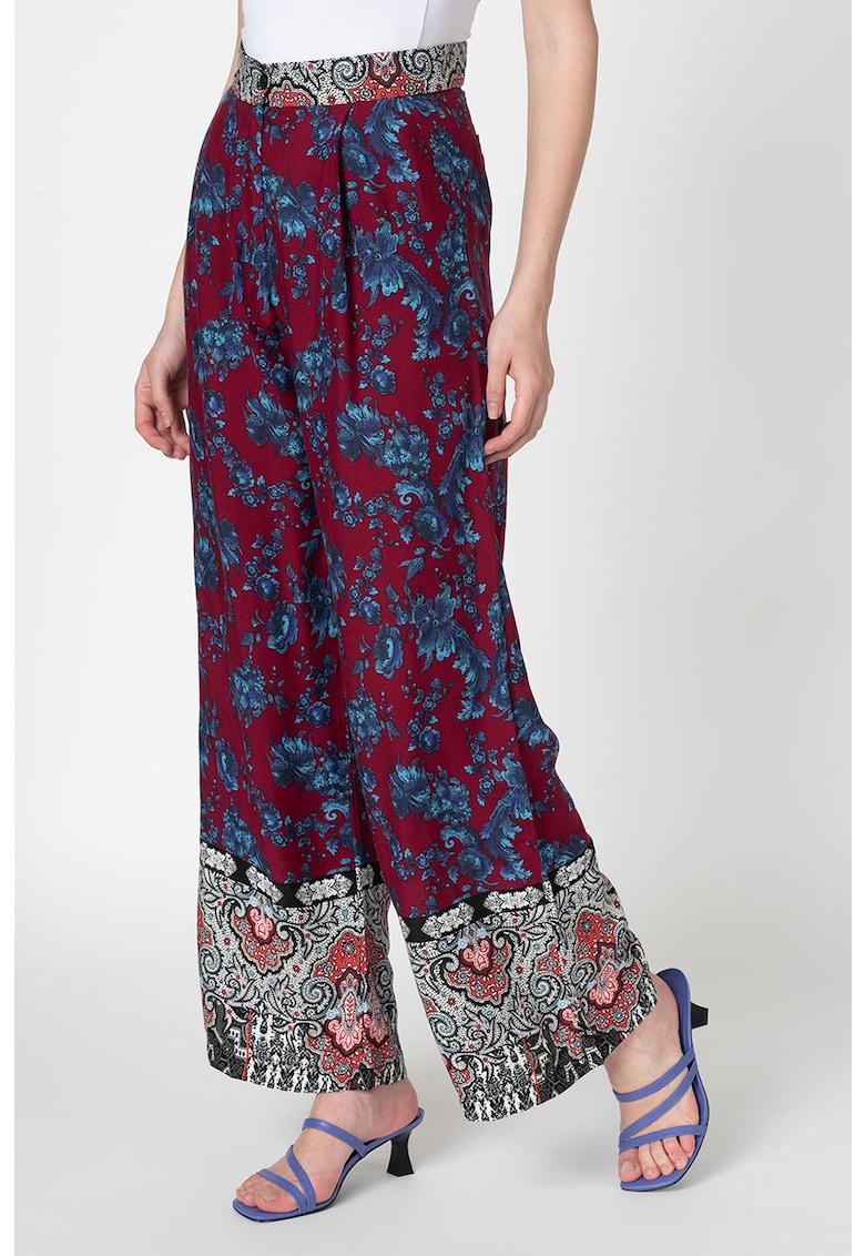 Pantaloni cu croiala ampla si imprimeu floral de la Antonia M