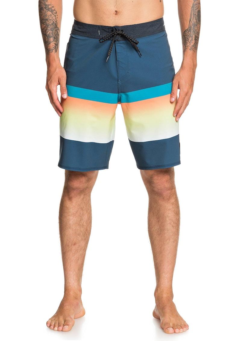 Pantaloni scurti de baie cu buzunar cu fermoar imagine fashiondays.ro 2021