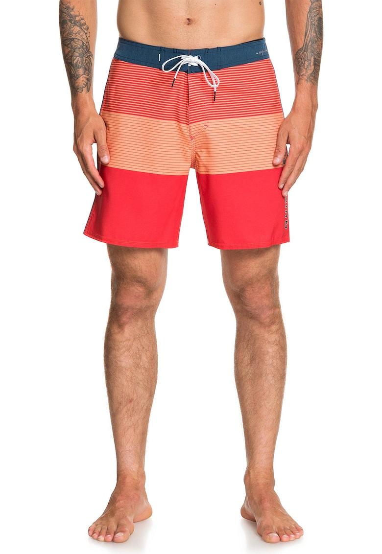 Pantaloni scurti de baie cu model cu dungi imagine