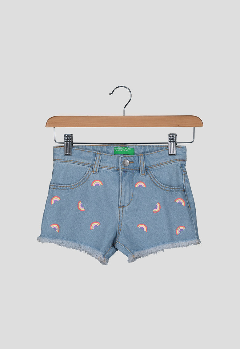 Pantaloni scurti din denim - cu terminatii franjurate imagine