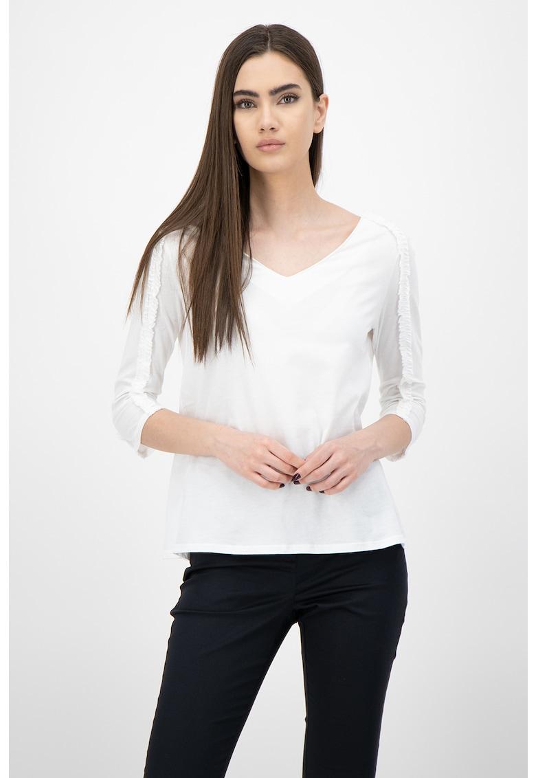 Bluza din amestec de lana cu decolteu rotund si volane imagine