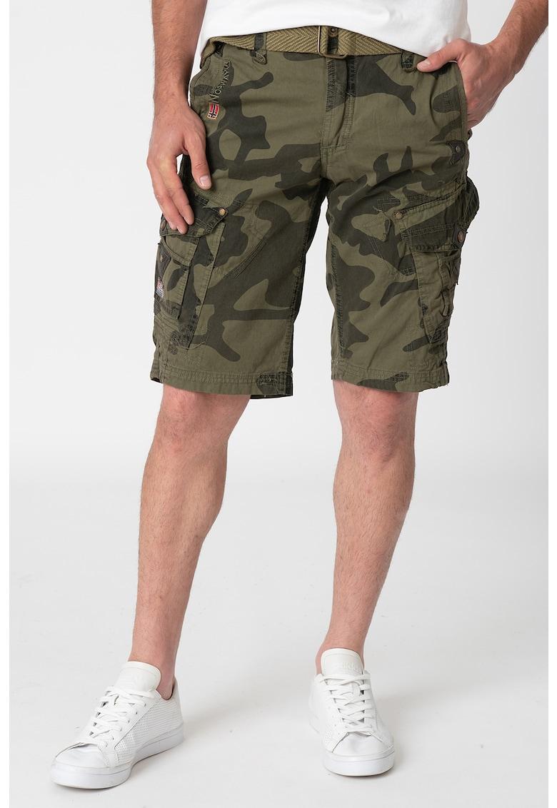 Pantaloni scurti cargo cu model camuflaj Peanut