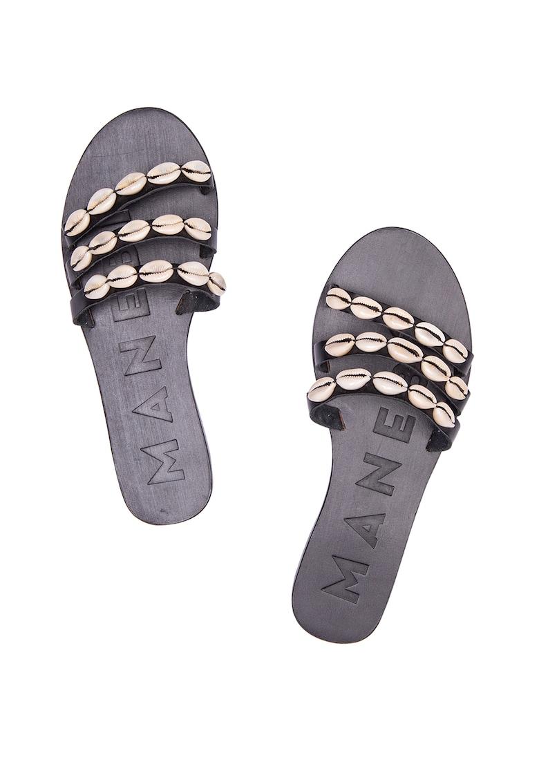 Papuci din piele decorati cu scoici Ibiza