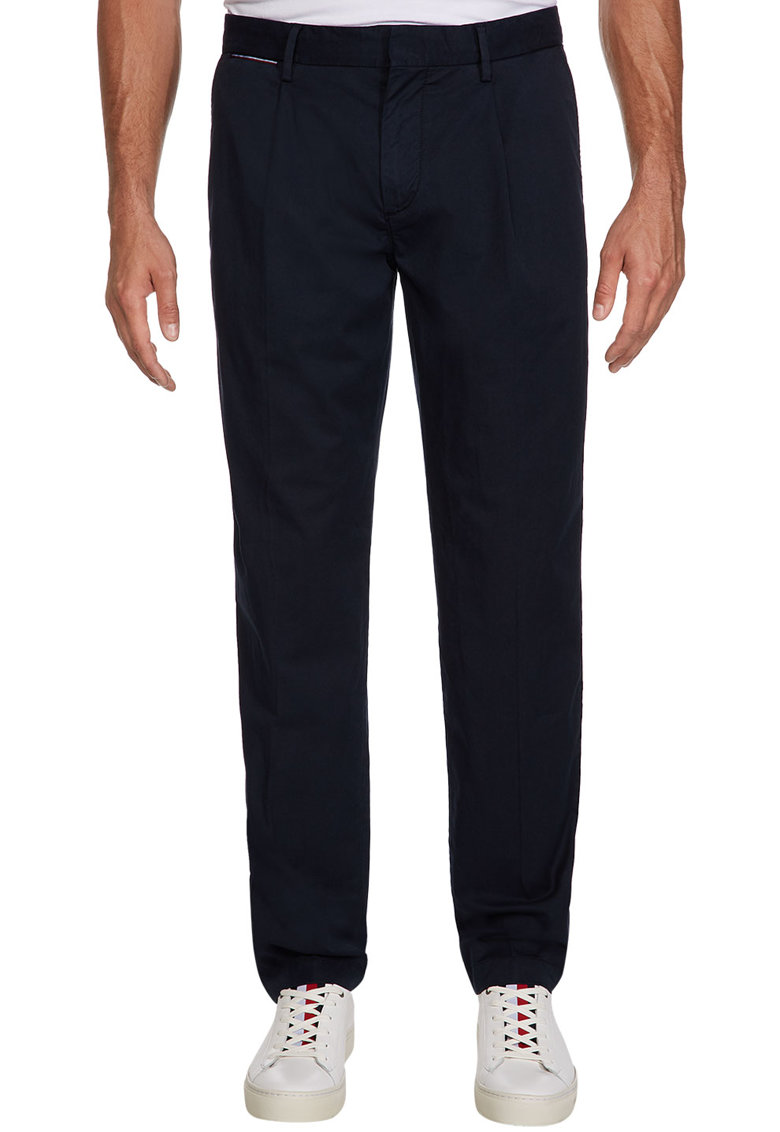Pantaloni chino cu croiala conica
