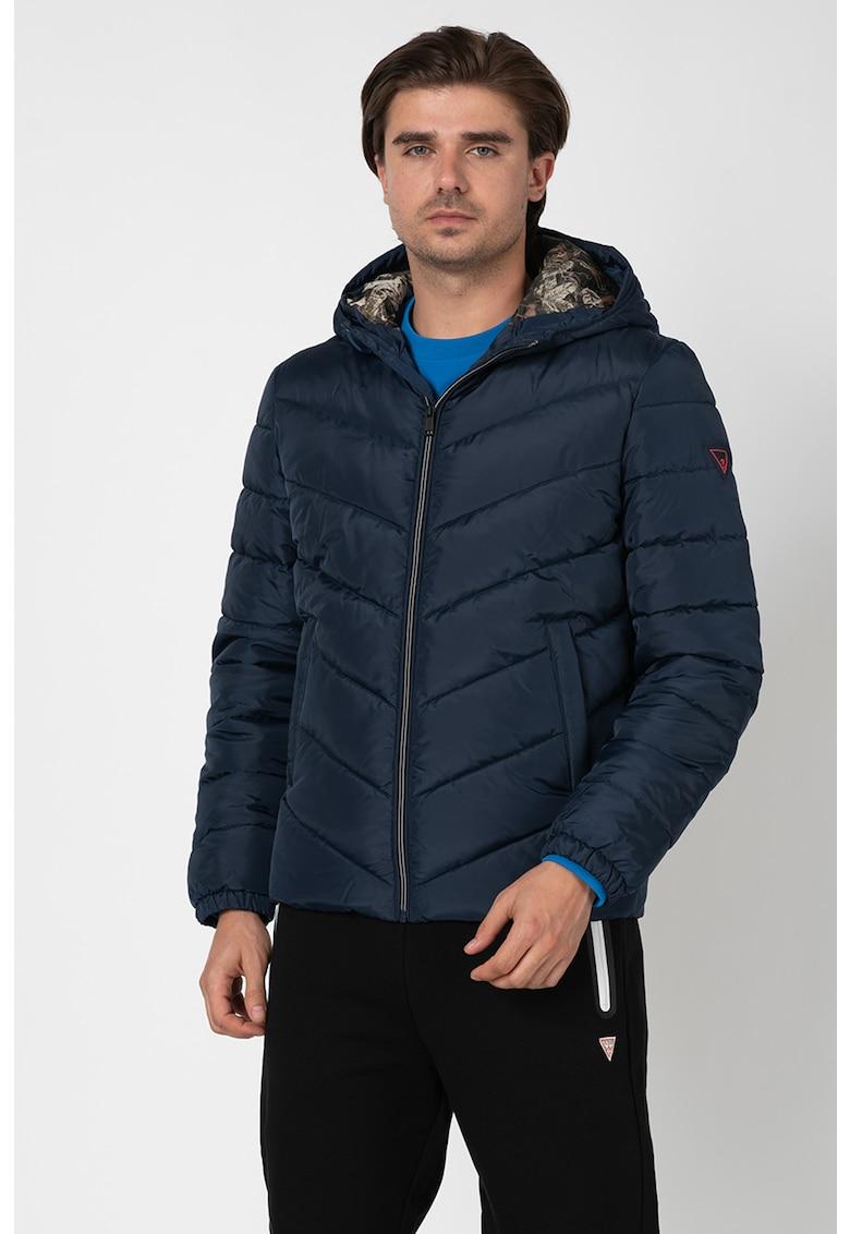 Jacheta cu fermoar si aspect matlasat