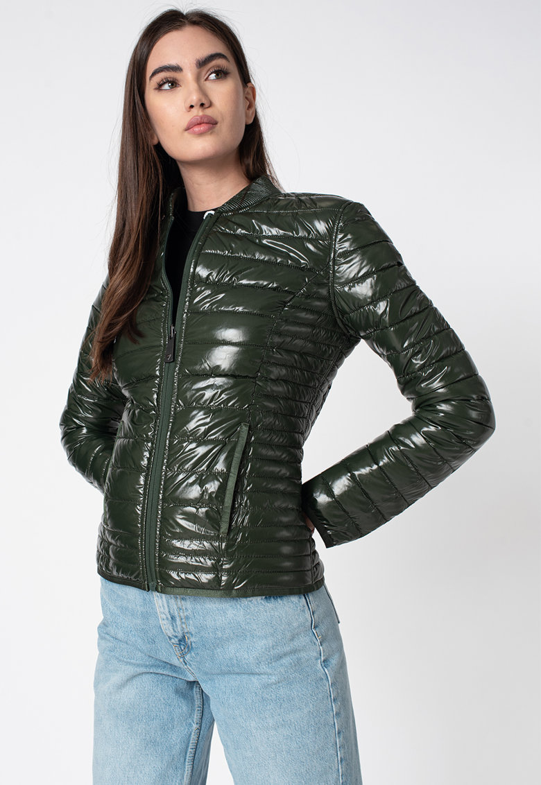 Jacheta slim fit cu model reversibil