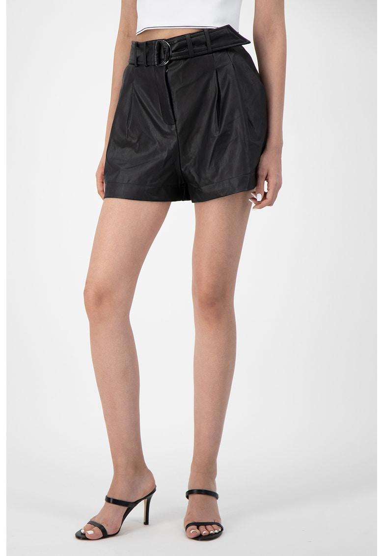 Pantaloni scurti de piele ecologica cu croiala ampla