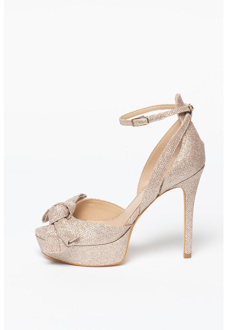 Sandale cu toc stiletto si aspect stralucitor