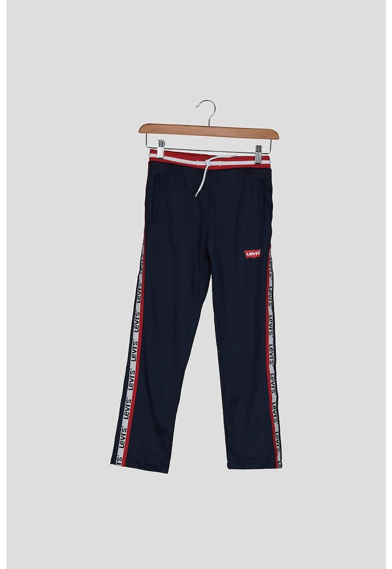 Pantaloni sport cu garnituri contrastante