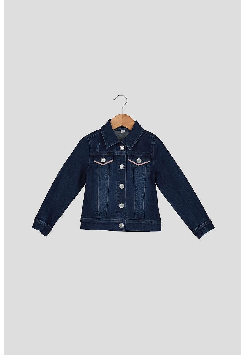 Jacheta din denim cu buzunare pe piept imagine fashiondays.ro