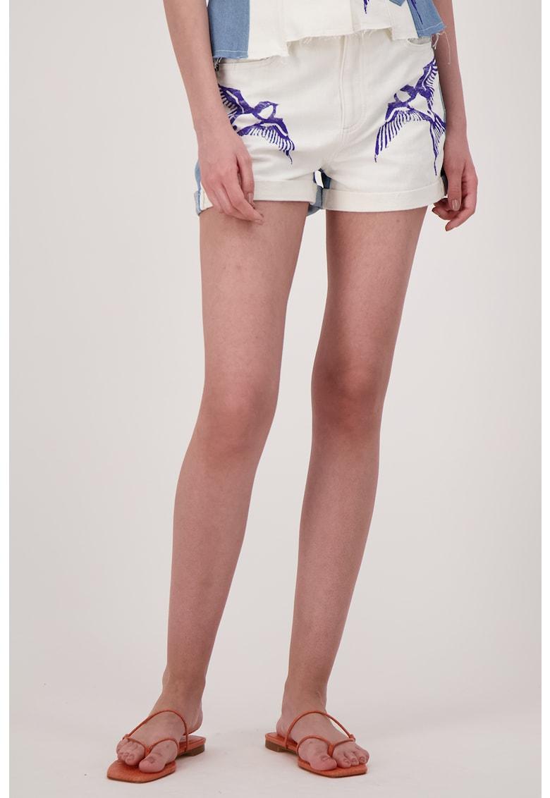 Pantaloni de scurti de denim cu imprimeu cu pasari