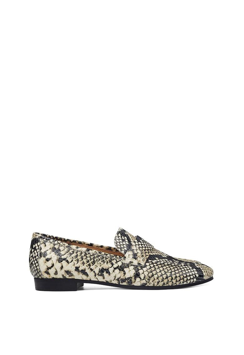 Pantofi loafer din piele ecologica - cu aspect de piele de sarpe Admire imagine