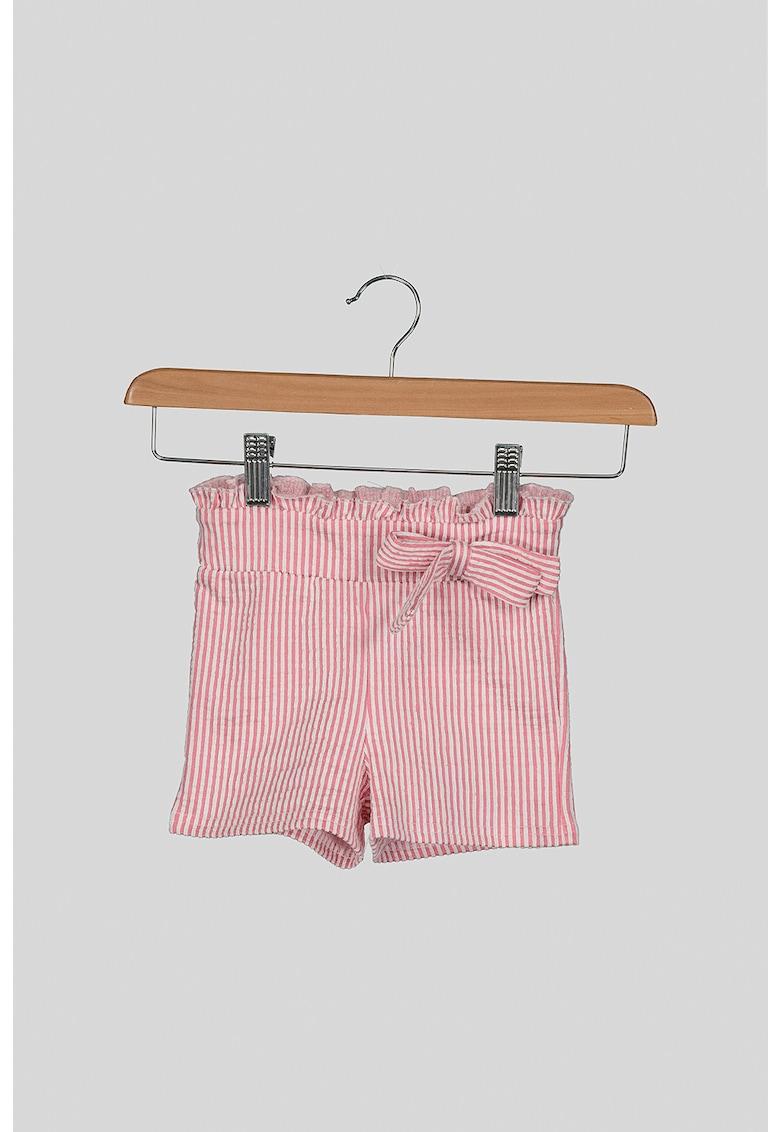 Pantaloni scurti cu model cu dungi discrete