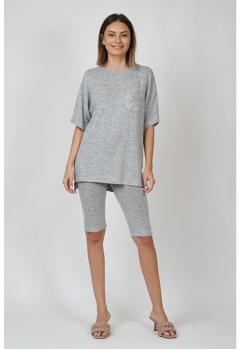 Pijama cu maneci cazute si buzunar pe piept imagine
