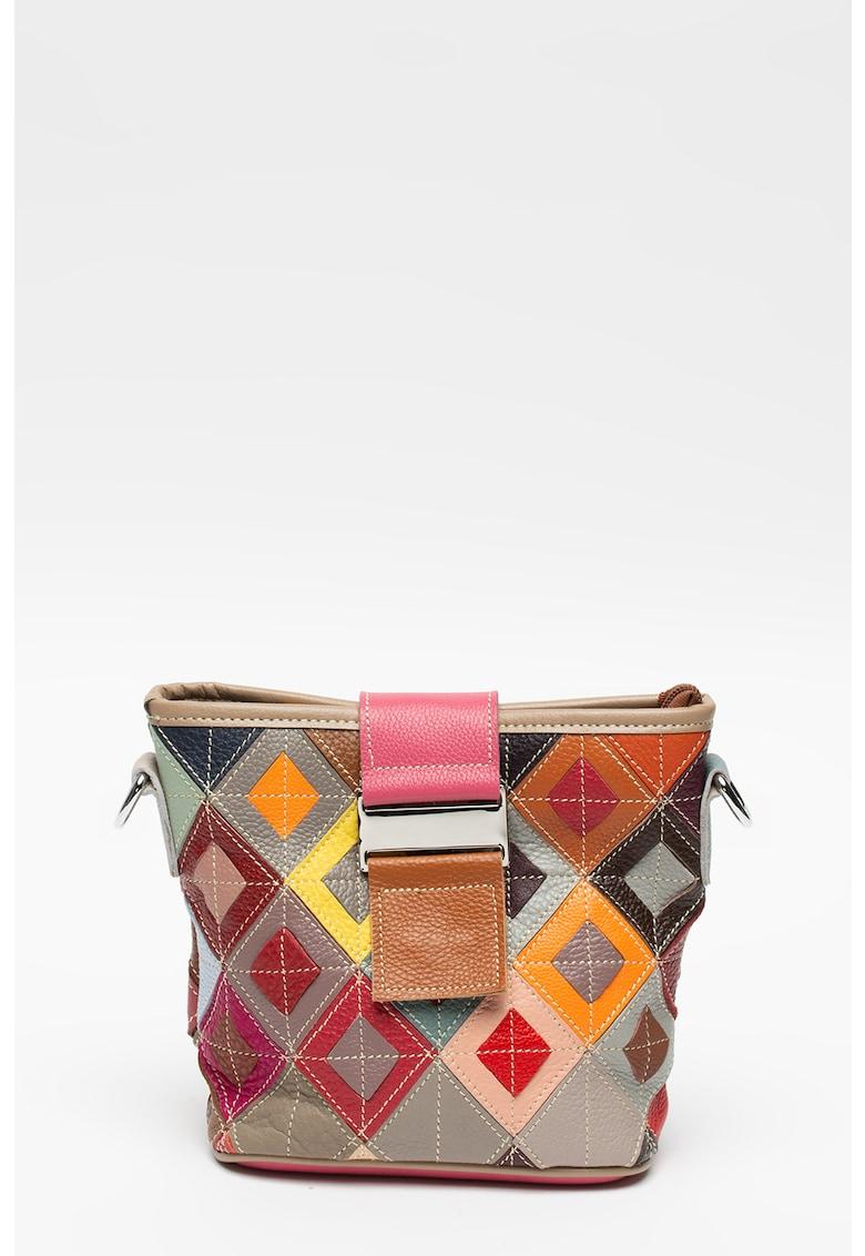 Geanta mica de piele cu bareta si design patchwork Pellearts fashiondays.ro