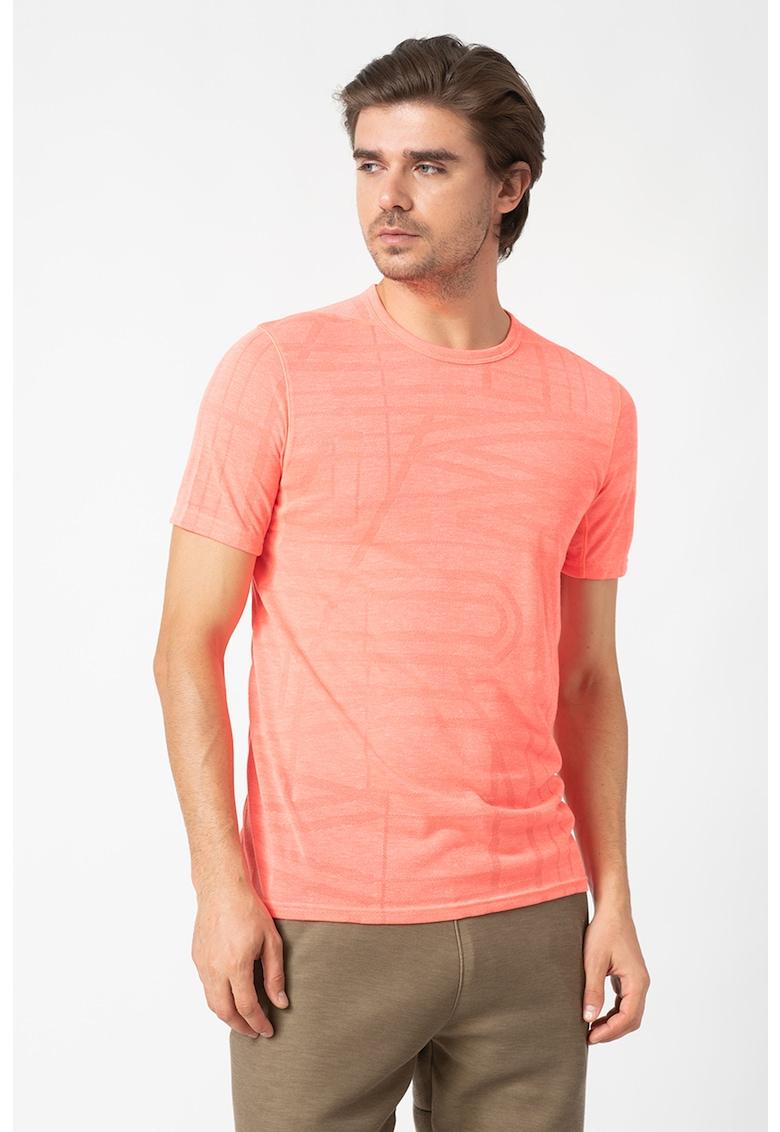 Tricou elastic cu imprimeu grafic - pentru fitness Threadborne