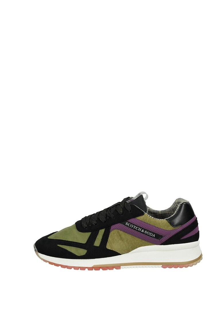 Pantofi sport cu insertii din reiat