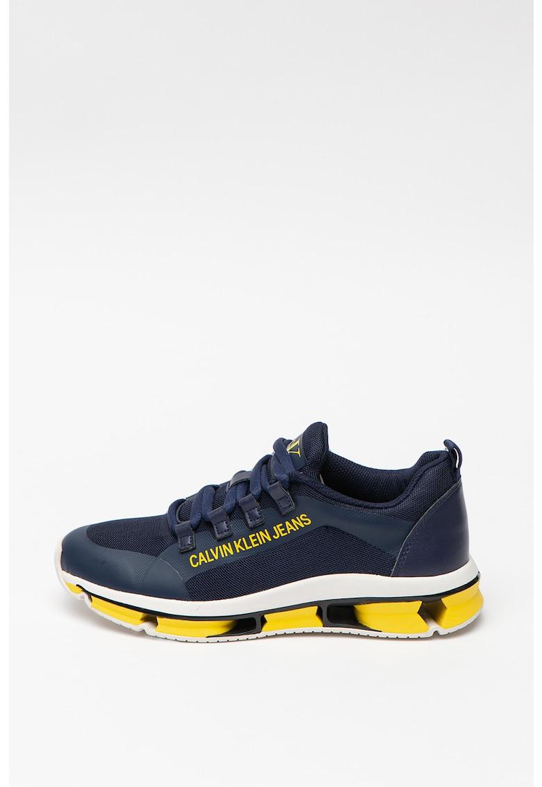 Pantofi sport de piele cu insertii de plasa Lolas
