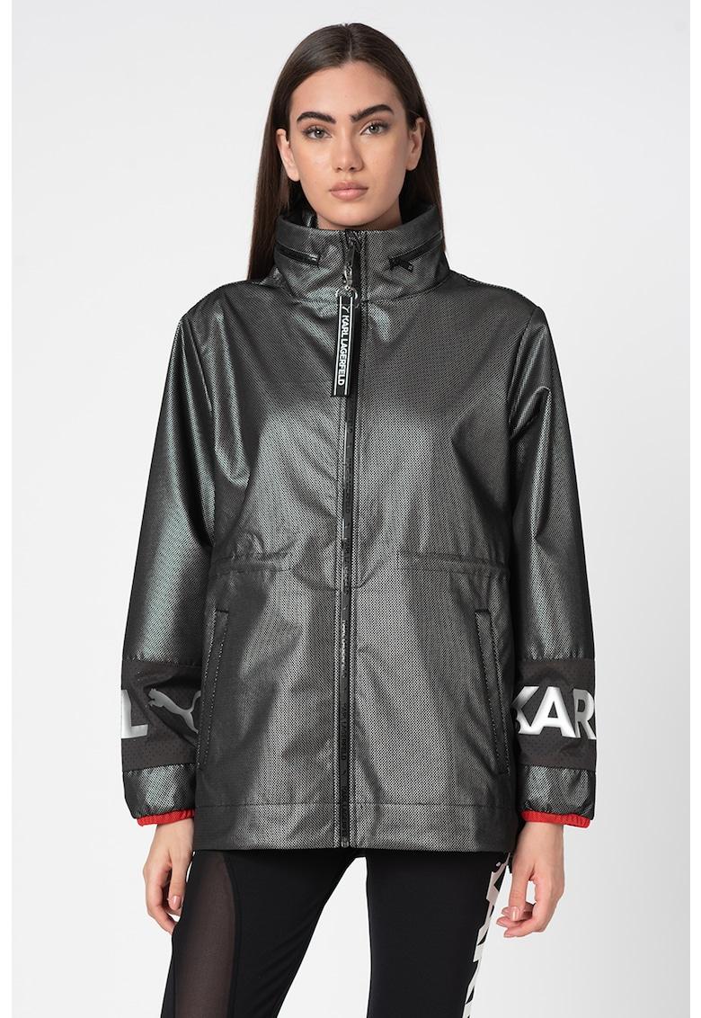 Jacheta cu detalii cu volane