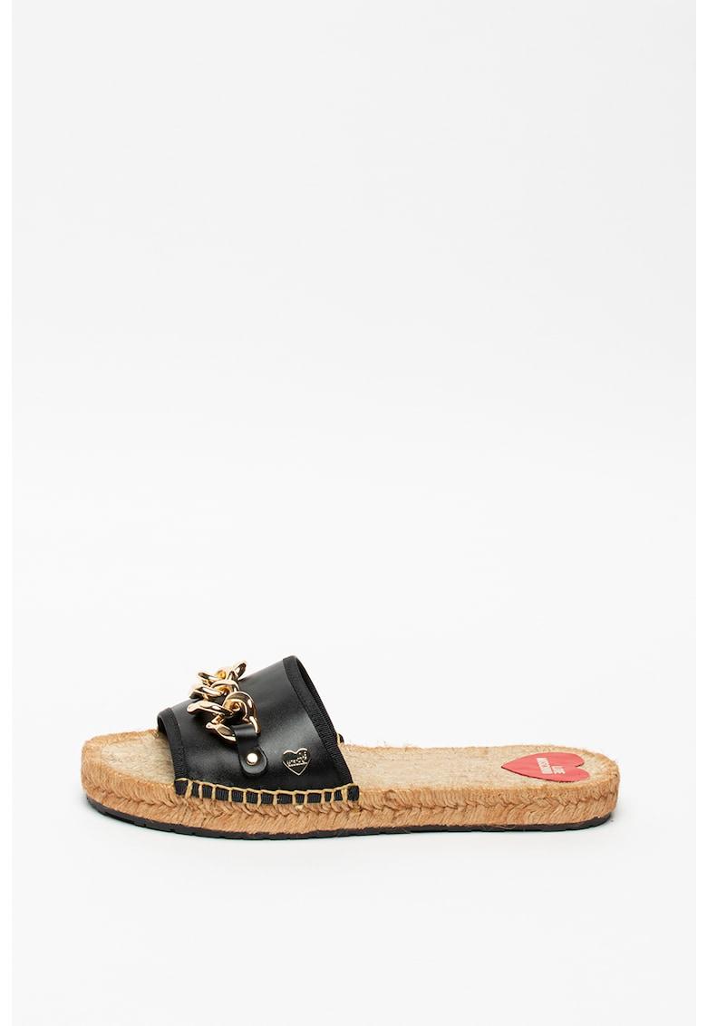 Papuci de piele cu detaliu lant