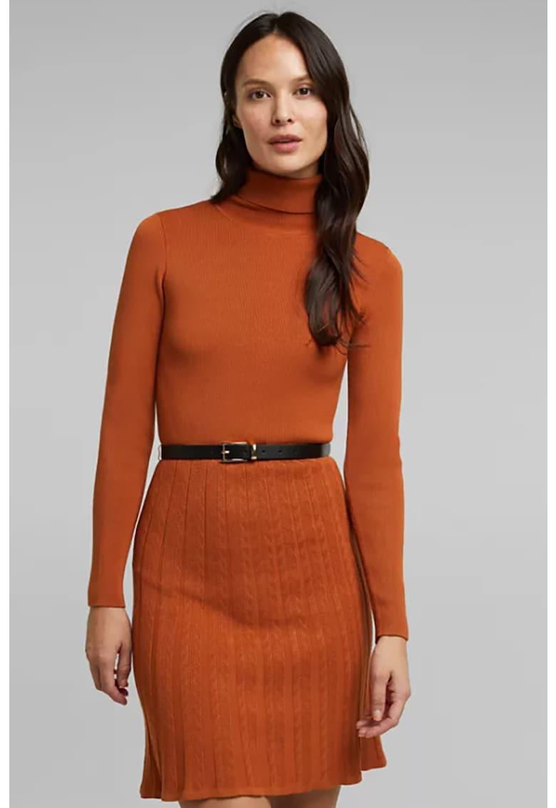 Rochie tricotata fin cu detalii cu model torsade
