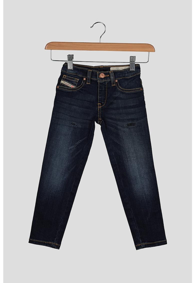 Blugi conici imagine fashiondays.ro Diesel