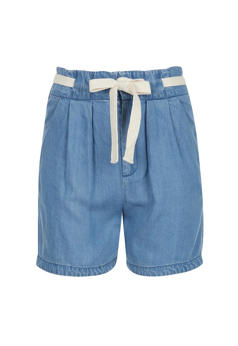 Pantaloni scurti din lyocell cu pliuri frontale