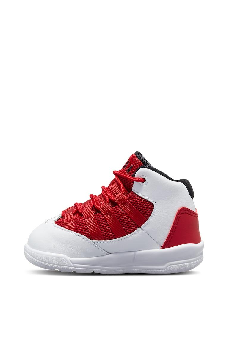 Pantofi sport mid-high Jordan Max Aura