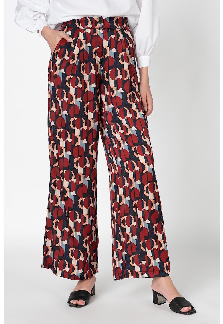 Pantaloni cu talie inalta si model geometric