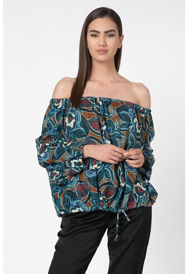 Bluza cu decolteu pe umeri imagine