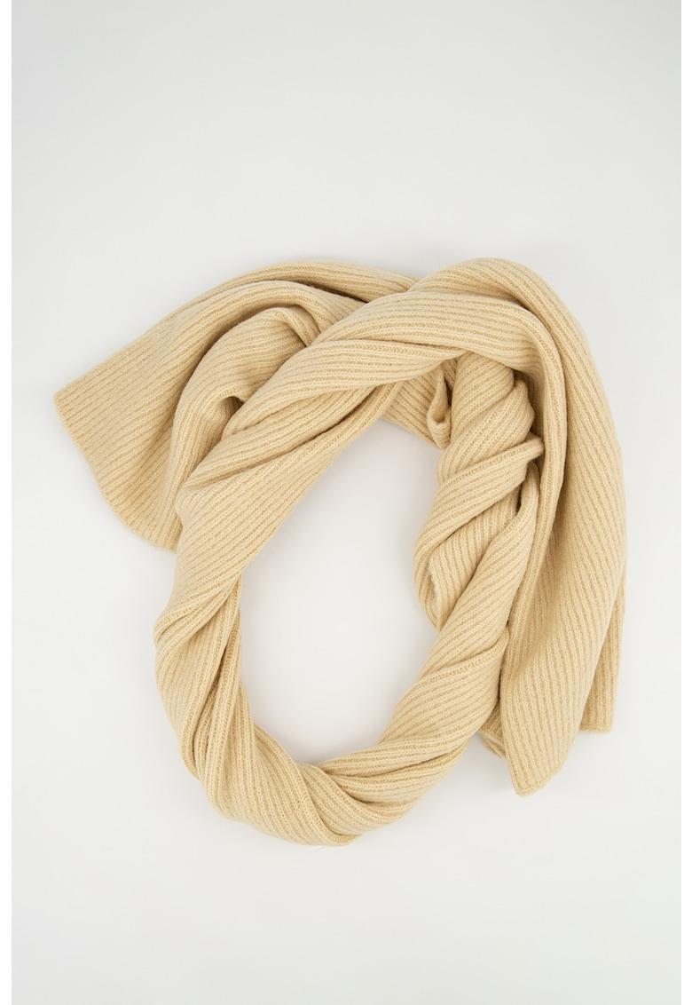 Fular tricotat cu striatii imagine