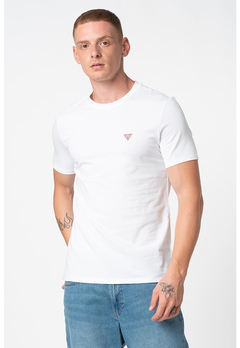 Tricou cu decolteu la baza gatului si logo discret