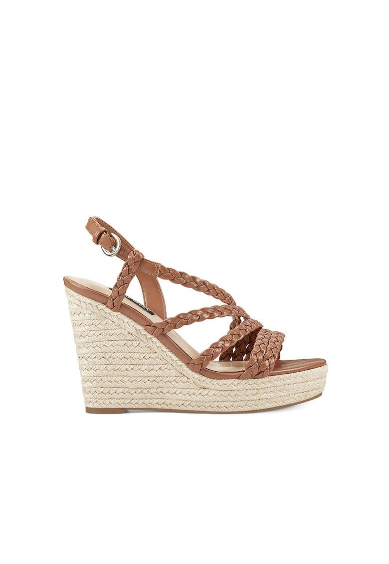 Sandale wedge de piele - cu design impletit Halsee