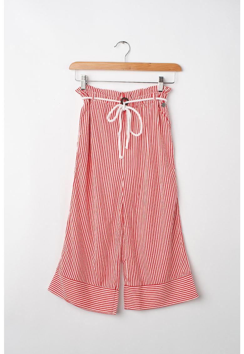 Pantaloni cu model in dungi