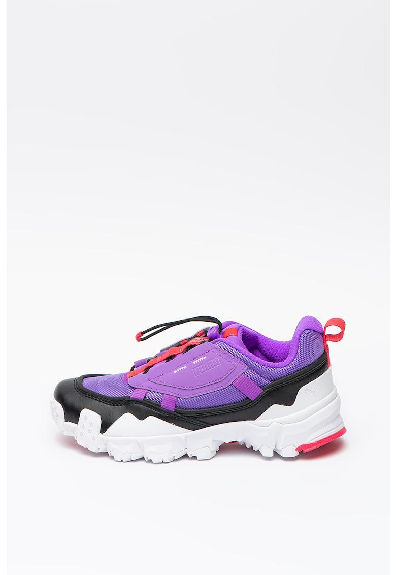 Pantofi sport masivi cu design colorblock Trailfox Overland 1