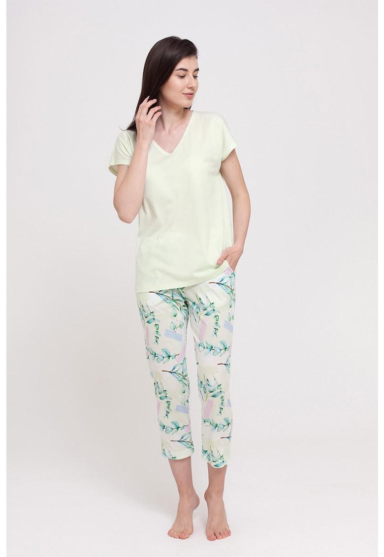 Pijama cu imprimeu floral imagine fashiondays.ro